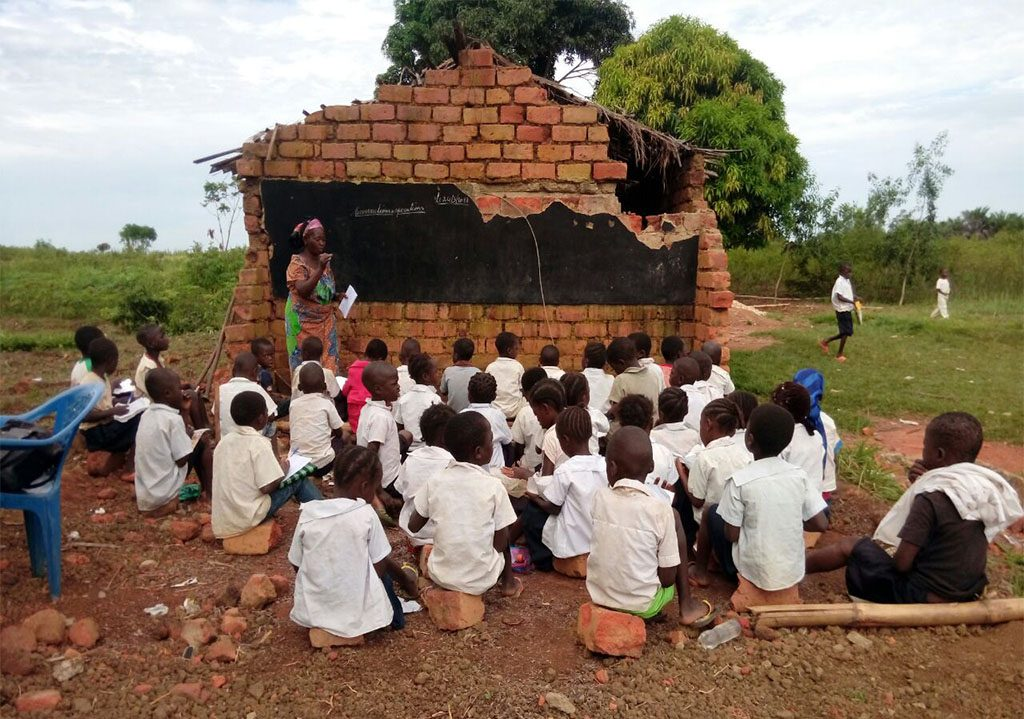 School For Children In Congo Drc Strain Hunters Foundation